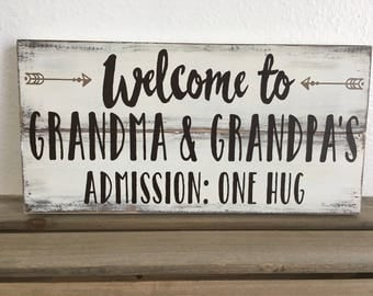 Rustic Pallet Sign - Custom Painted Sign with Grandma Grandpa Quote and Arrows - Farmhouse Style with Colors of Your Choice - LR-111