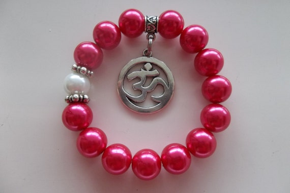 Om Charm and Pink Pearls-Glam- Beaded Stretch Bracelet  (5)