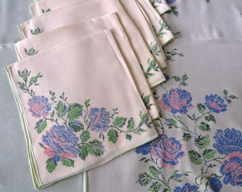 Vintage Tablecloth and 6 Napkins Set Blue and Pink Roses on Off White Mint Green Summer Table Decor Vintage Table Linens