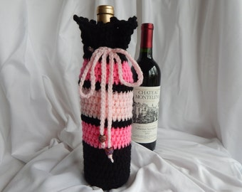Crochet Wine Bottle Cover - Wine Bottle Cozy Gift Wrap - Pink and Black with Glitter Beads