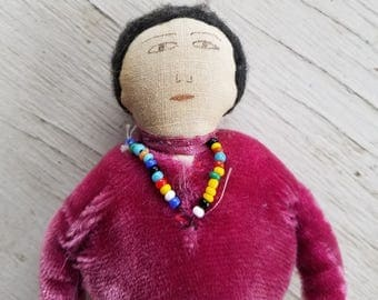 Vintage cloth doll souvenir hand made Navajo lady