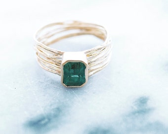 Sea Ring with 1ct Zambian Emerald. 18K gold ring. Emerald Ring. Gift for Her. Eco Friendly Jewelry. Alternative Engagement Ring.