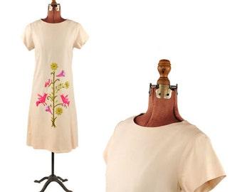 Vintage 1960's Light Tan Bright Hippie Bird + Floral Embroidery Shift Mod Boho Dress M
