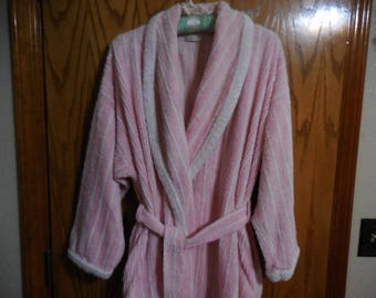 Vintage PINK and White Short Chenille ROBE - Victoria's Secret Pink and White Lines Chenille BATHROBE - Free Shipping