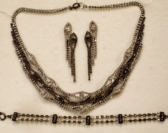 Vintage Rhinestone Bib Set Necklace/Bracelet/Earring
