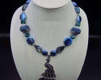 Peacock pendant beaded necklace