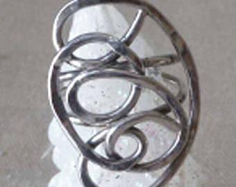 Elegant Vintage Swirling Sterling Silver Ring