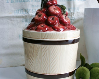 Vintage, Red Apples Barrel Cookie/Biscuit Jar