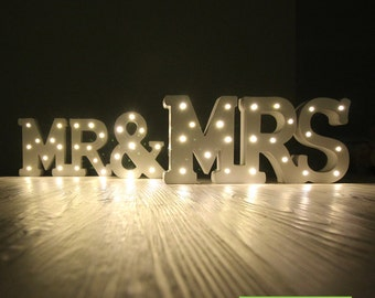 MR & MRS Wedding Sign Lights Wood Sweetheart Table Sign Table Decor Custom Color