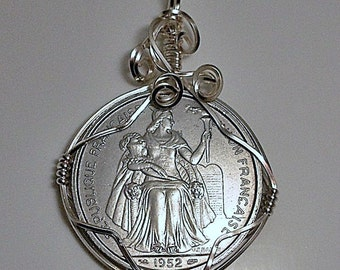 "Tahiti ""French Oceania"" Vintage Coin Pendant 1952"
