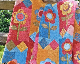 FARMHOUSE DAISIES | Quilt Patterns | PDF Pattern | Quilts | Floral Quilts | Applique Quilts | Happy Quilts | Country Quilts | Country