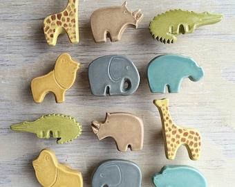 Custom listing for Courtney: safari set of 8 knobs and 2 pulls