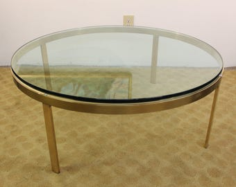 Mid Century Modern brass and glass coffee table | Gre-Stuff