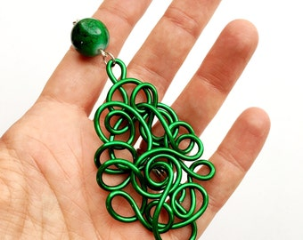 Long Kelly Green Wire Pendant Necklace Green Boho Jewelry