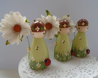 NEW*** Hand Painted Wooden Peg Doll -  Daisy Theme