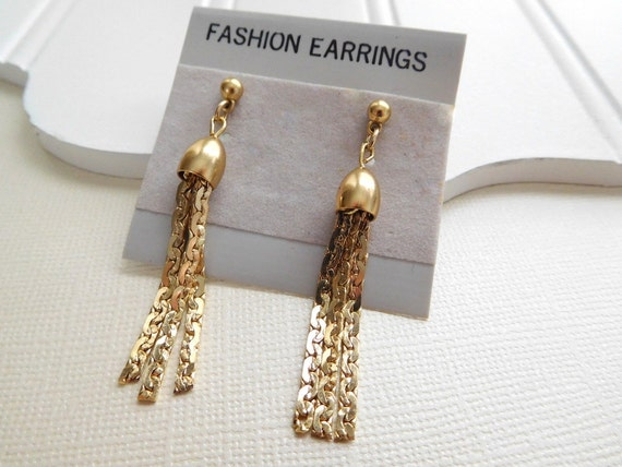 Vintage Retro Mod Yellow Gold Tone Chain Tassel Fringe Dangle Earrings PP14