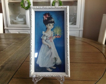 "Small Retro Print Wall Hanging Big Eyes Girl in White Gown with White and Gold Frame 9 1/2"" by 5 3/4"""