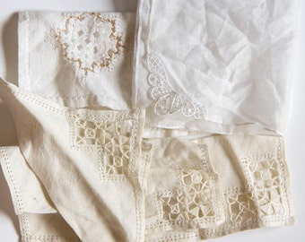 Vintage embroidered Handkerchiefs, doilies and runners  - 5 damaged pieces