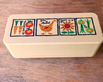 Cute Covered White Plastic Butter Dish, Camping Supplies, Loma Industries, Fort Worth, Texas