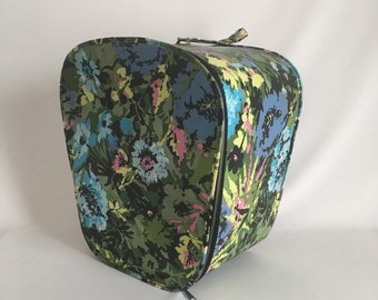 Vintage Hat Box/Wig Box, Vintage Suitcase, Vintage Luggage, Flower Suitcase, Hat Storage, Wig Storage