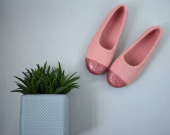 Pink felt house shoes for women Glitter ballet flats Rose copper decoration Felted wool women slipper Moving in gift for her