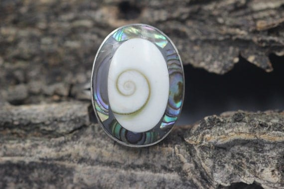 Shiva Shell Sterling Silver Ring  Vintage  Size 8.75 8 3/4
