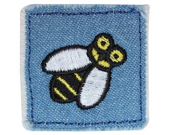 ID 0413A Bumblebee Jean Patch Blue Bug Badge Embroidered Iron On Applique