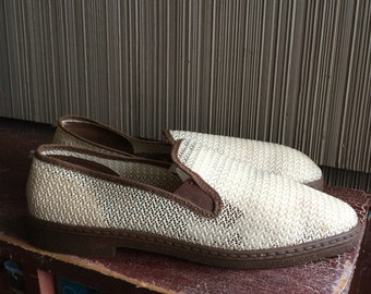 Vintage men's summer beach shoes mesh slip ons size 9 or 9.5 1960's 60's