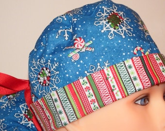 Blue Snowflake Christmas Print Pony Tail Style Surgical Hat