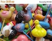 ON SALE Vintage 1950's Kitsch Bird Cupcake Picks