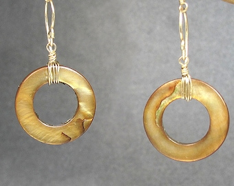 Bronze mother of pearl disc earrings Modglam 112
