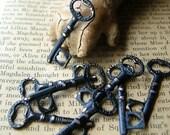 8 Black Key Charms - Skeleton Keys - Charm Lot - Halloween Charms - Halloween Keys