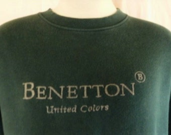 vintage 80's 90's United Colors of Benetton forest green fleece graphic sweatshirt grey embroidered logo crew neck pullover oversized large