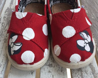 Ready to Ship: Red Minnie Mouse Polka Dot TINY and Youth TOMS
