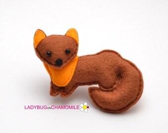 Felt MARTEN, stuffed felt Marten magnet or ornament, Marten toy, Forest animals,Marten magnet,Nursery decor,felt animal,Marten,Marten toy