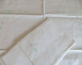 2 Two   Pillowcases / Shams  Pillow Cases Pillow Covers White Cotton White + Green  Embroidery Stripe  Unused   Pair Set