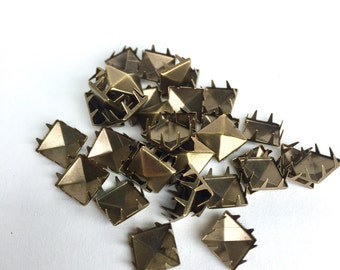 50 Square Studs - Antique Brass Tone (Pack of 50) - DIY/Crafts (004DIY)