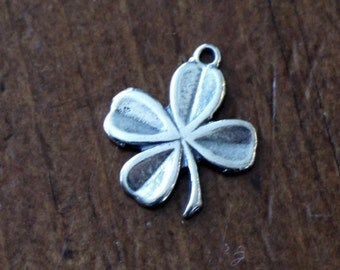 Four Leaf Clover Pendant- Sterling Silver- Irish Jewelry- 4 Leaf Clover Gift- Lucky Clover Jewerly