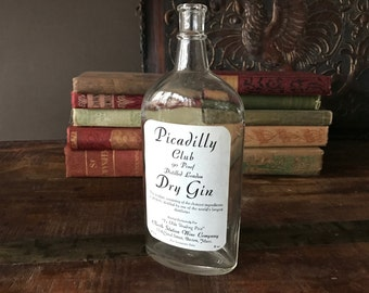 Picadilly Club Bottle, Dry Gin, Distilled London, Ye Olde Trading Post