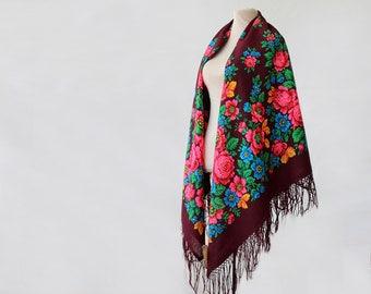maroon Russian shawl with green and pink, oversized shawl, fringed shawl, large floral shawl, feminine Pavlovo Posad shawl, botanical NWT