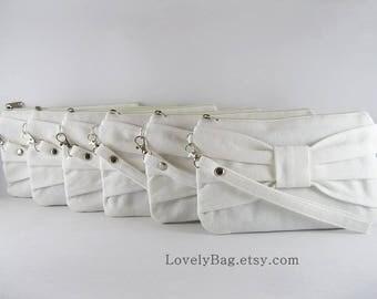 SALE - Ivory Bow Clutch / Bridal Clutch / Bridesmaids Clutch / Wedding Clutch | 9.90 USD per piece.