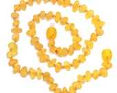 Raw Baltic Amber Teething Necklace for Baby - Maximum pain relief - Safety knotted - Best amber quality from Lithuania