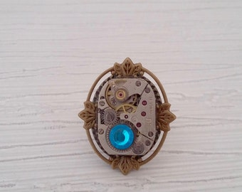 Ring adjustable steampunk with a watch mechanism