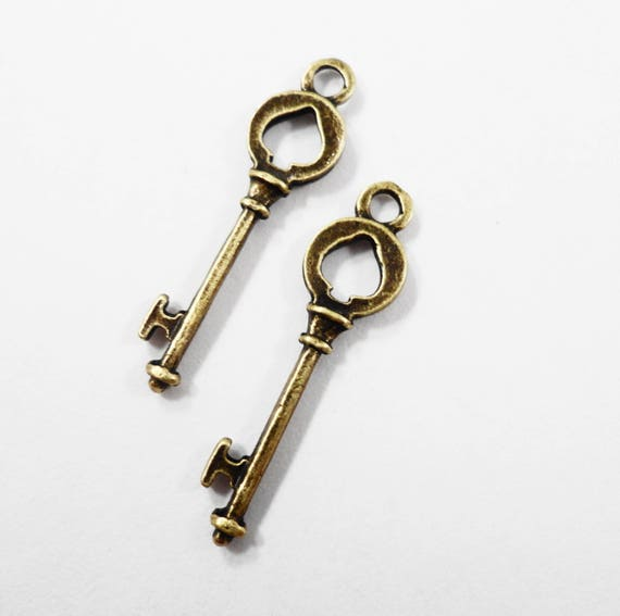 Bronze Key Pendants 26x6mm Antique Brass Key Charms, Bronze Key Charms, Spade Key Charms, Skeleton Key Charms, Bronze Metal Charms, 10pcs