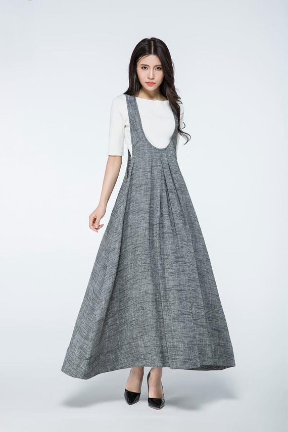 Are pinafore dresses in style