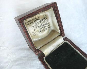 Antique ring box - vintage ring box - wedding ring box - dark red chequered ring box - English leather ring box