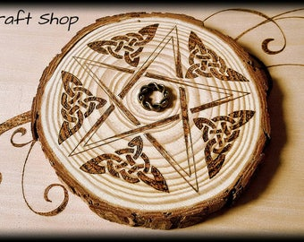 Celtic knots Pentacle made on natural wood for your altar - handmade and customizable