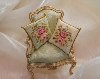 Aubusson doll's house pillow in green or off-white