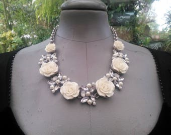 ivory raised flowers vintage necklace with sparkling beads and crystals with ajustable chain fastener 22/26 inches wedding prom party