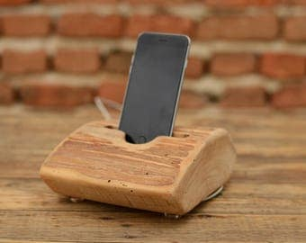 Handmade iPhone stand, Wooden stand for Samsung, iPhone 7 dock, Docking station, Handcrafted gift, Tech accessory, Wooden phone holder